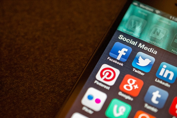 Social Media Apps by Jason A. Howie | Flickr via Creative Commons