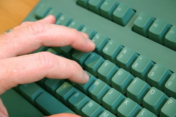 """""""Typing"""" by Dave Wicks   MorgueFile"""
